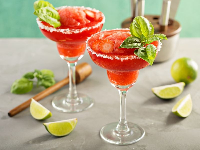 strawberry-basil-margarita